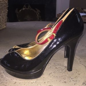 Worn once! Adorable pump👠👠
